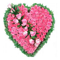 Flowers in Delhi Same Day Delivery : Pink Roses Heart
