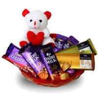 Chocolate and Gifts to Delhi